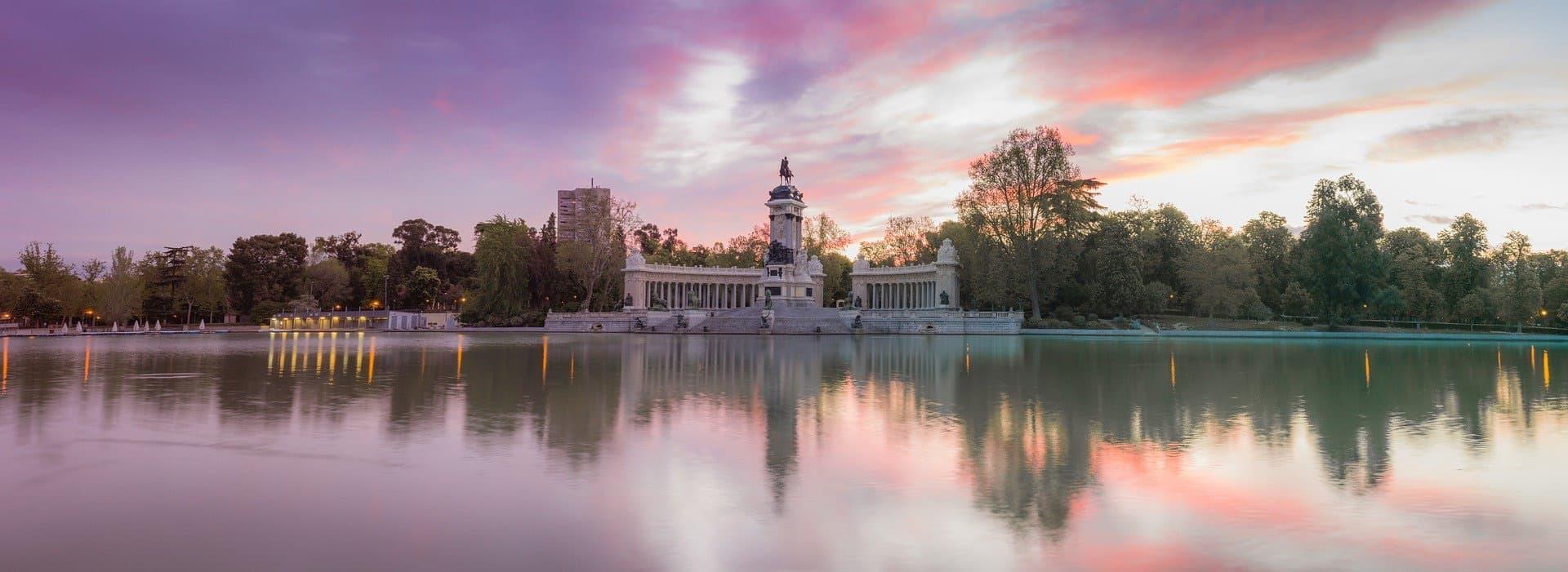 MADRID (Pre-Christmas)